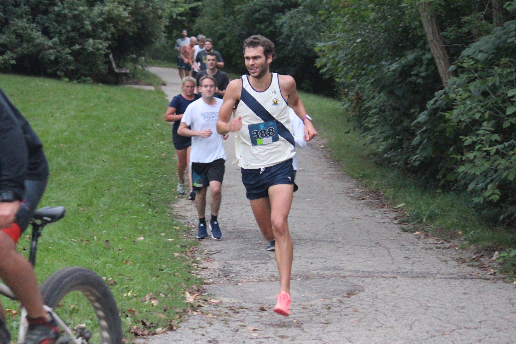 Ian Hancke sets a Gallup Gallop 5K record- 15:45 (5:05 pace)