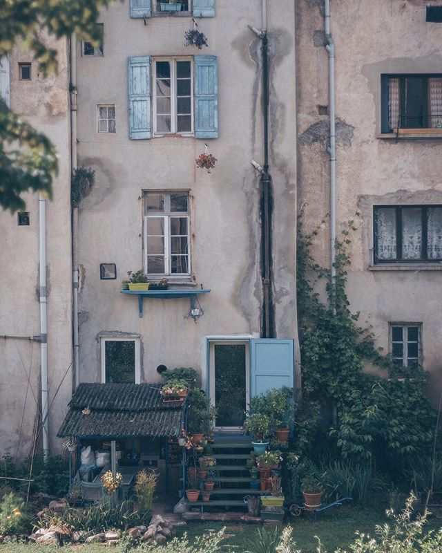"""We were so fortunate to find a Workaway host living in a little city! We love the country side, but it's fun to walk outside to narrow cobblestone alleys, farmers markets, and boulangeries. Everybody here thinks the town is so ugly and lame. They're all, """"Oh, Lodève 😴"""" and I'm all, """"Oh Lodève! 😍"""" • • • #traversefrance #europetravel #theviralmix #endeavortoadventure #instagood #liveauthentic #workaway #exploretocreate #workawayfrance #travelandlife #workawayadventure #worldtravelbook #workawaylife #travelcheap #travellocal #workawayexperience #photooftheday #travelbloggers #highvibetribe #minimalisttravel #positiveliving #joyinthejourney #theglobewanderer #merveillesdefrance #huntgram #travelfrance #TLPicks #worlderlust #shootandshare #travelwithme"""