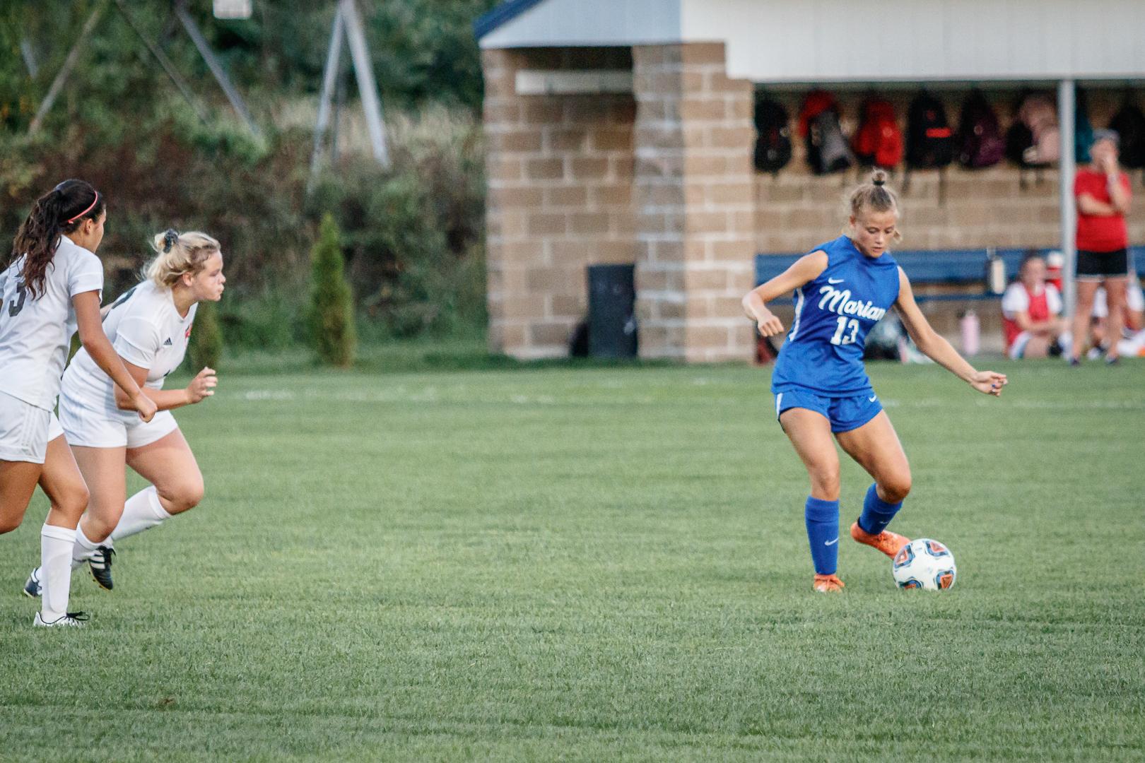 Marian-Girls-Soccer-8887.jpg