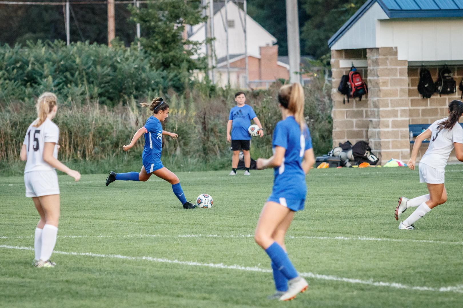 Marian-Girls-Soccer-8883.jpg