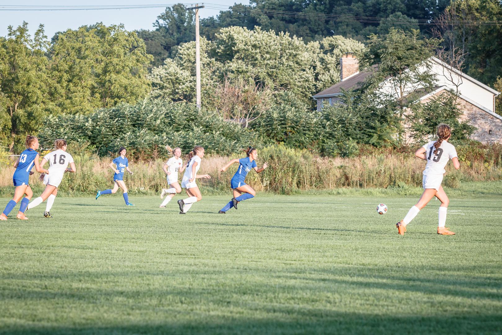 Marian-Girls-Soccer-8751.jpg