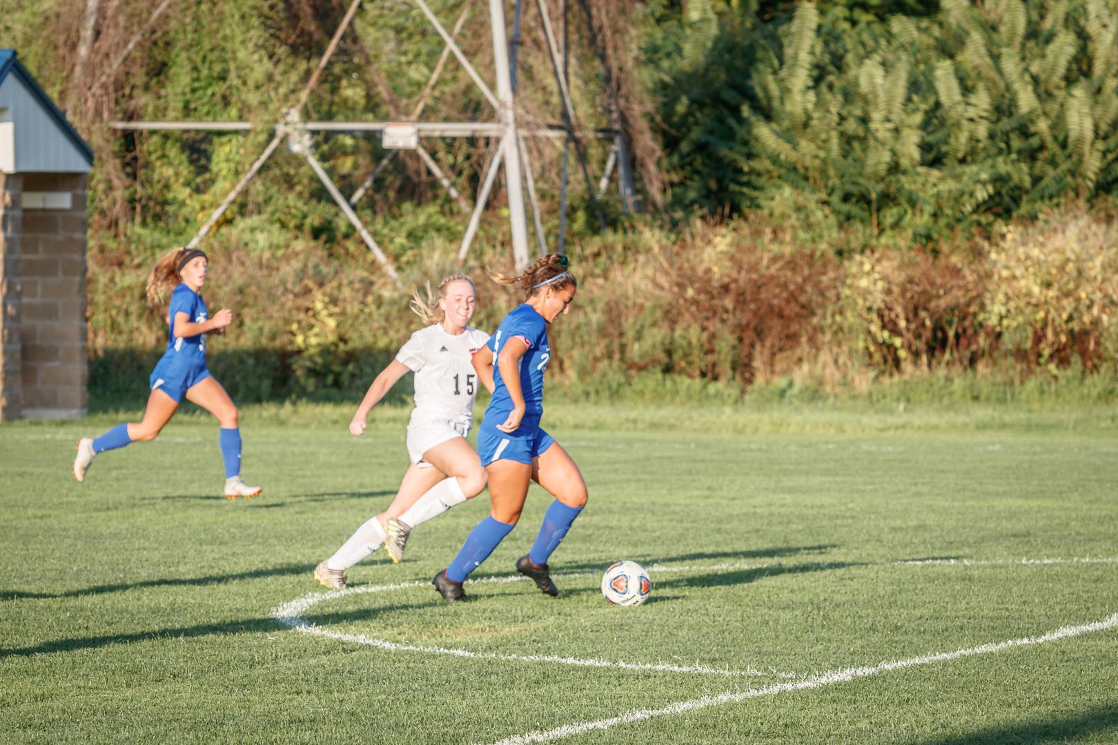 Marian-Girls-Soccer-8688.jpg