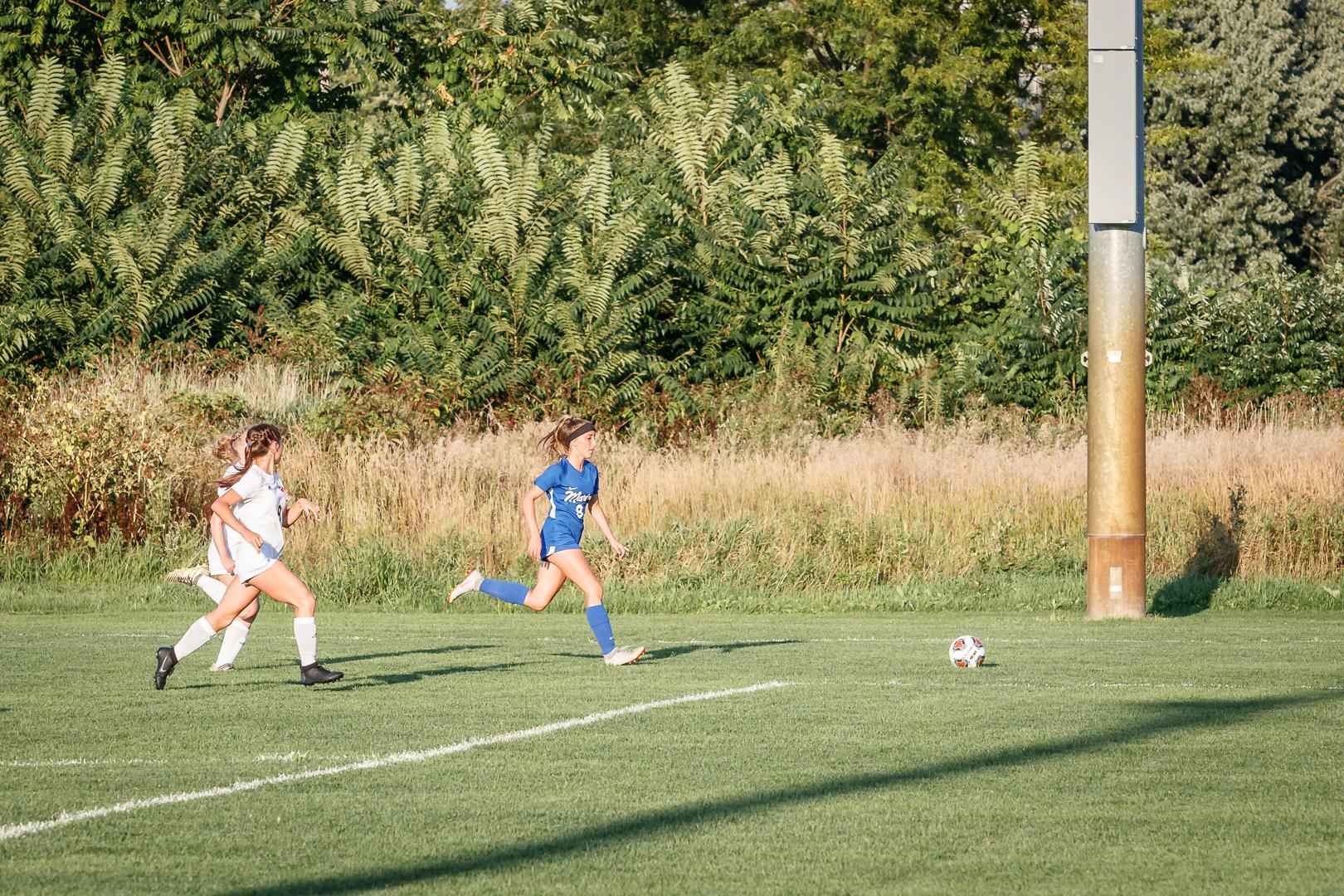 Marian-Girls-Soccer-8696.jpg