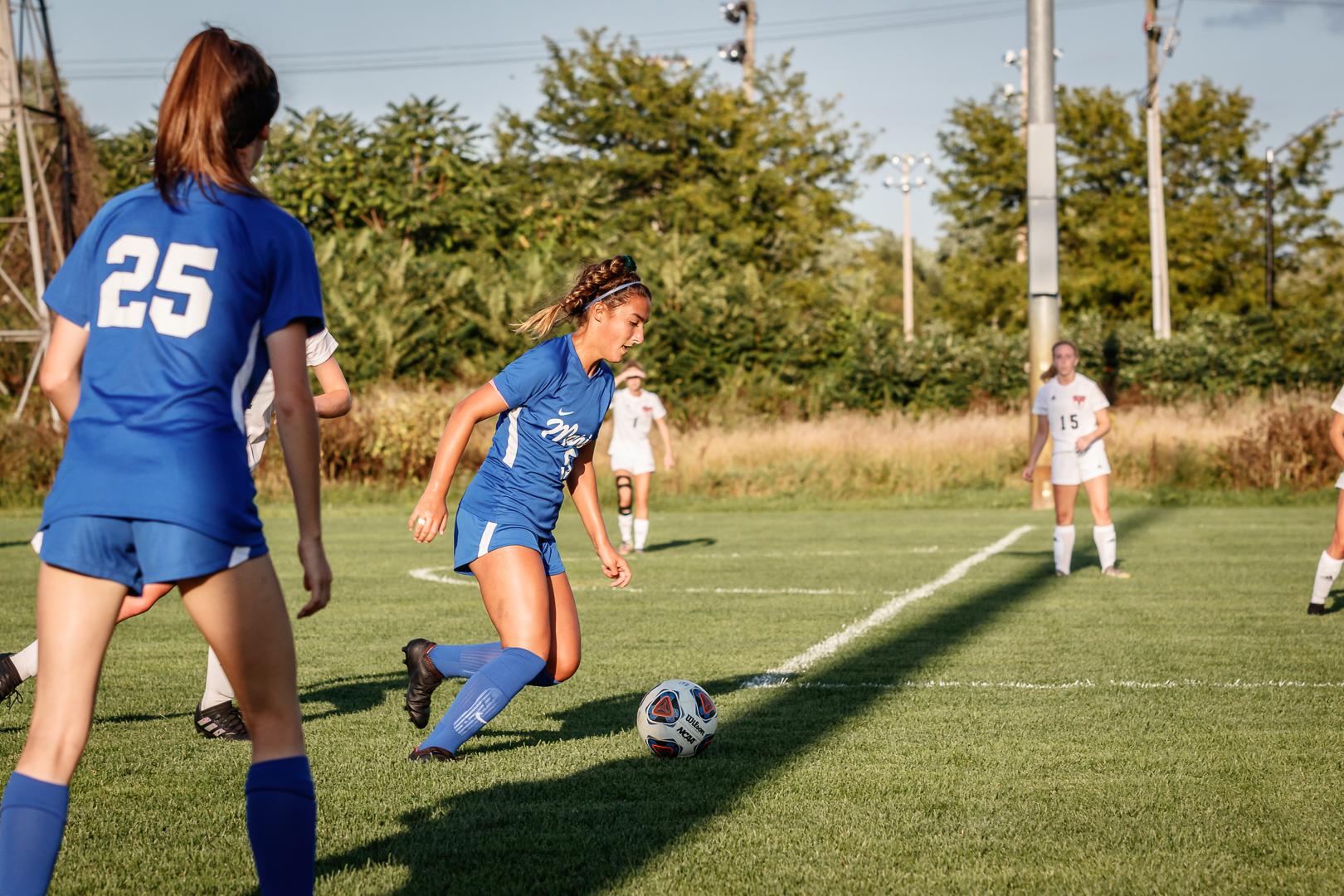 Marian-Girls-Soccer-8626.jpg