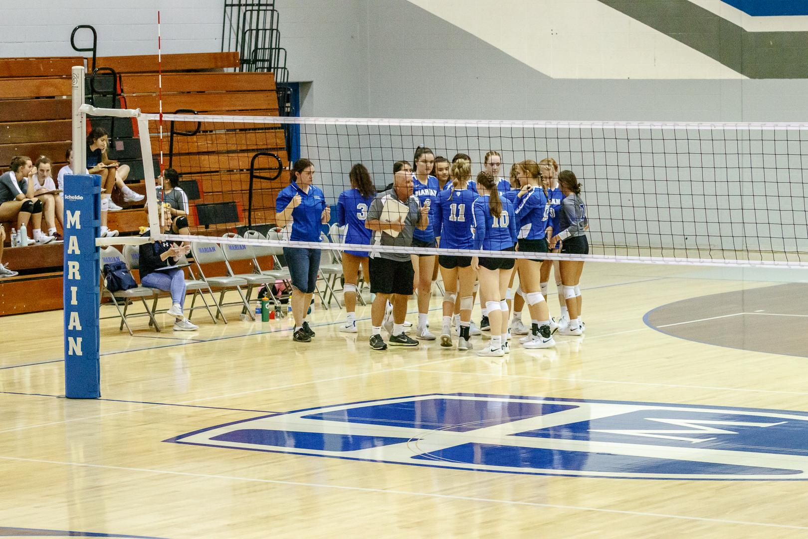 Marian-Volleyball-v-Jimtown-0674.jpg