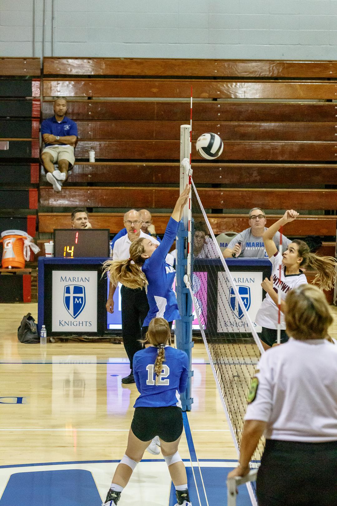 Marian-Volleyball-v-Jimtown-0800.jpg