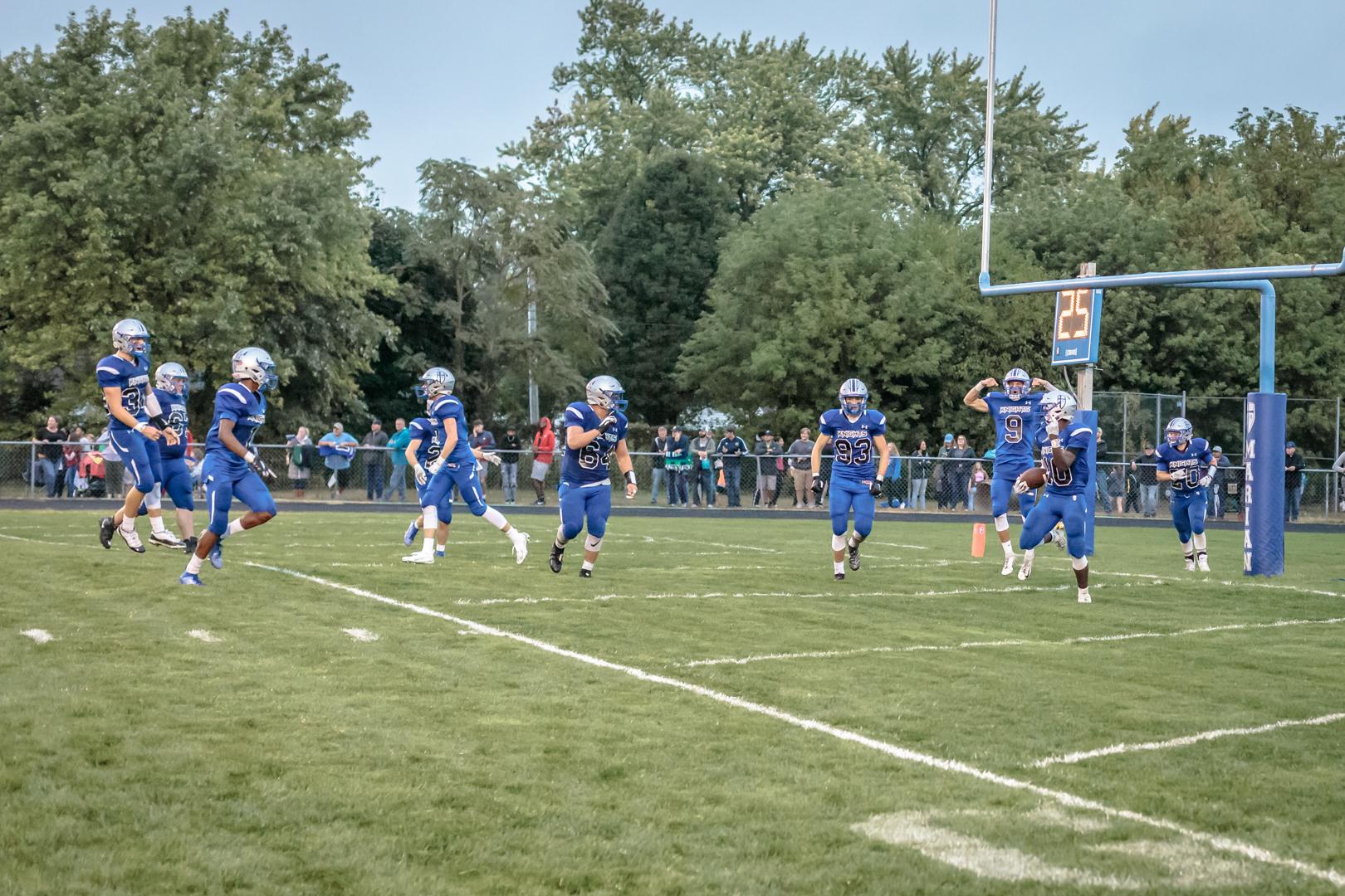 Marian-V_Football-v-StJoe-4125.jpg