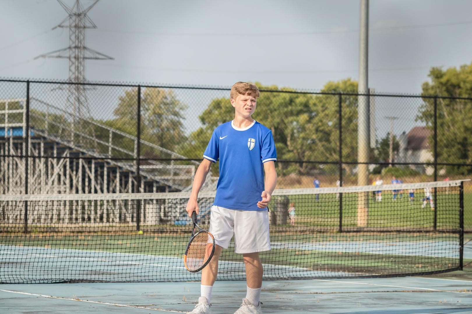 Marian-Boys-Tennis-1677.jpg
