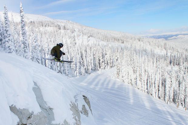 bitterroot-valley-ski-lost-trail-powder-snowboard