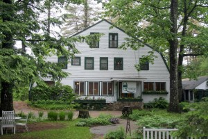 The Maine Lodge