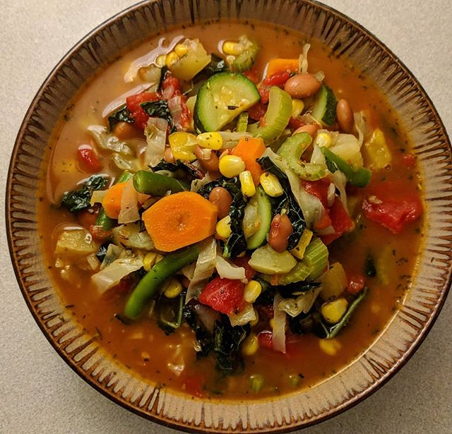 I know that feeling, you know.... that moment you look into your fridge at a sad pile of wilted vegetables that you promised yourself that you would use up before it met such a fate. Regret and guilt set in as you sift through it all. Fret not my friend, for you can bring life back to your abandoned and forgotten vegetables in the form of vegetable soup! I made a minestrone style soup  with any vegetables that looked like they were turning to the wilted side, added some tomatoes and herbs and topped it with some living Basil (maybe alive last week 😏) and it made for a filling and hearty meal. So next time you are faced with wilted vegetables, go make soup. 😋  #vegan #vegandinner #veganmeal #soup #vegetablesoup #minestrone #hearty #colorful #antiinflammatory #antioxidants #plantbaseddiet #nowaste #bringlifebacktoyourvegetables