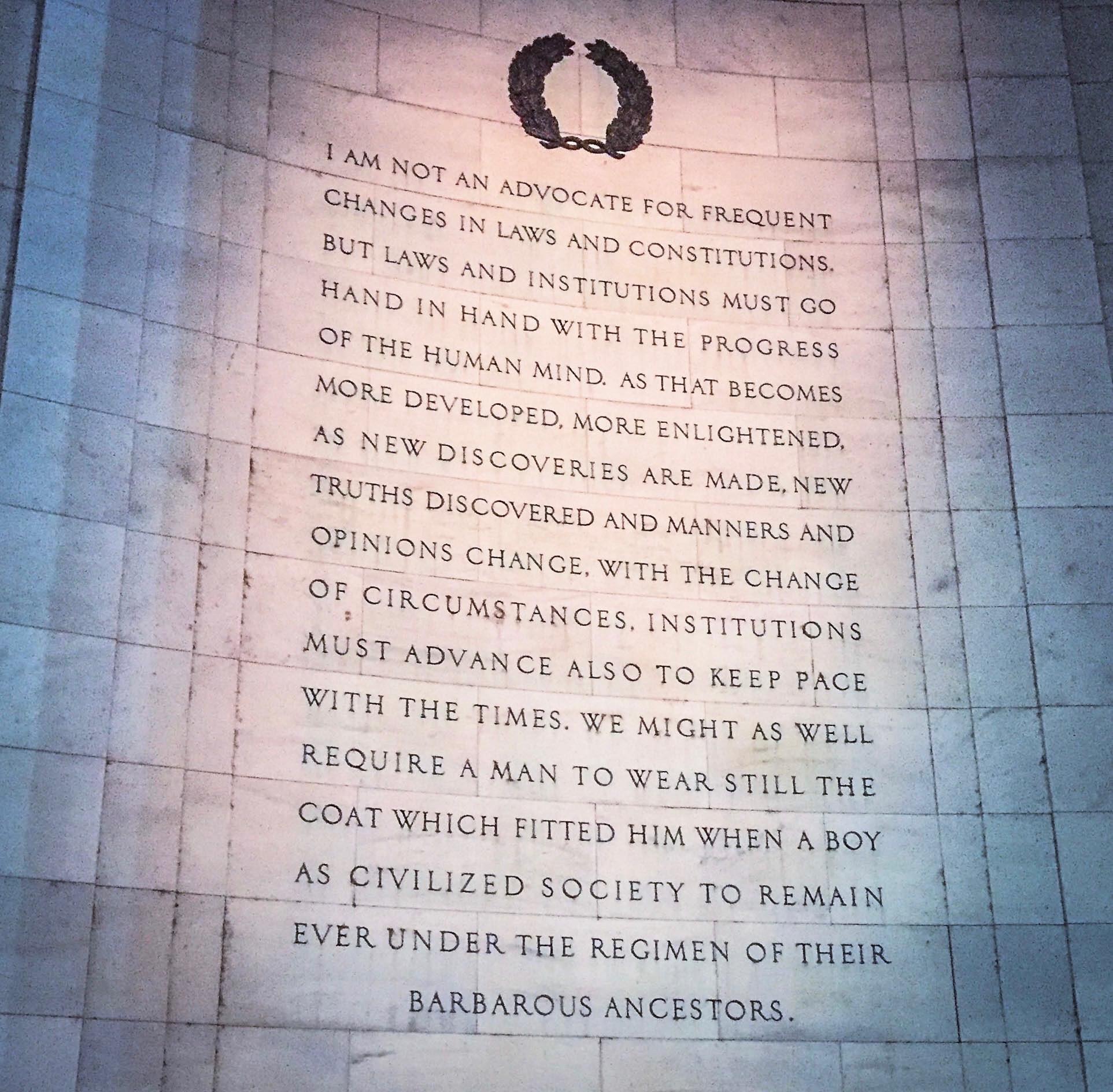 THE JEFFERSON MONUMENT - Washington, DC                                 photo: Joe Center