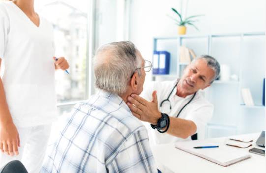 обследование щитовидной железы.jpg