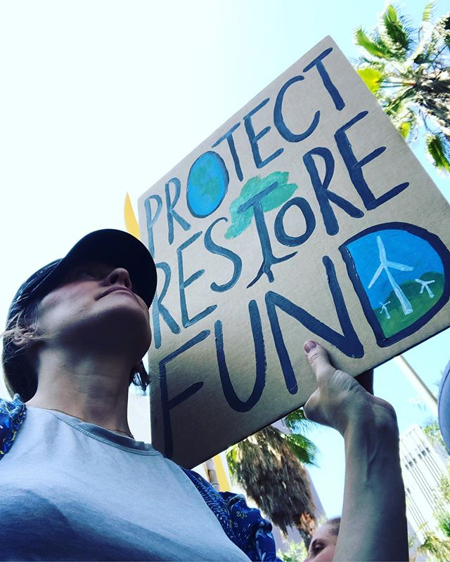 Today i joined Greta Thunberg's #globalclimatestrike  If a 16 year old can stay true her convictions, hold congress accountable, and rally the planet, you gotta show up. We all can do something to benefit the earth. It's in each of our choices, and small choices aggregate into global impact. Choose recycled content. Buy used instead of new. Choose to spend money with companies that consider and limit waste, pollution and fuel consumption in their supply and delivery chain. Refuse single-use plastics. Use a reusable water bottle. Eat less meat. Choose organic local foods that use less pesticides and fuel to transport from farm to your table. Buy quality things and fix them when they break. Choose renewable energy. Support natural preserves and conservation efforts with your time and money. Contact your political leaders. We can all make a small contribution. Your small contribution matters. We all mess up, we all can do more, but start where you are. Don't equate blind consumption with the American Dream.  #protectrestorefund #gretathunberg #bethechange #votewithyourdollars