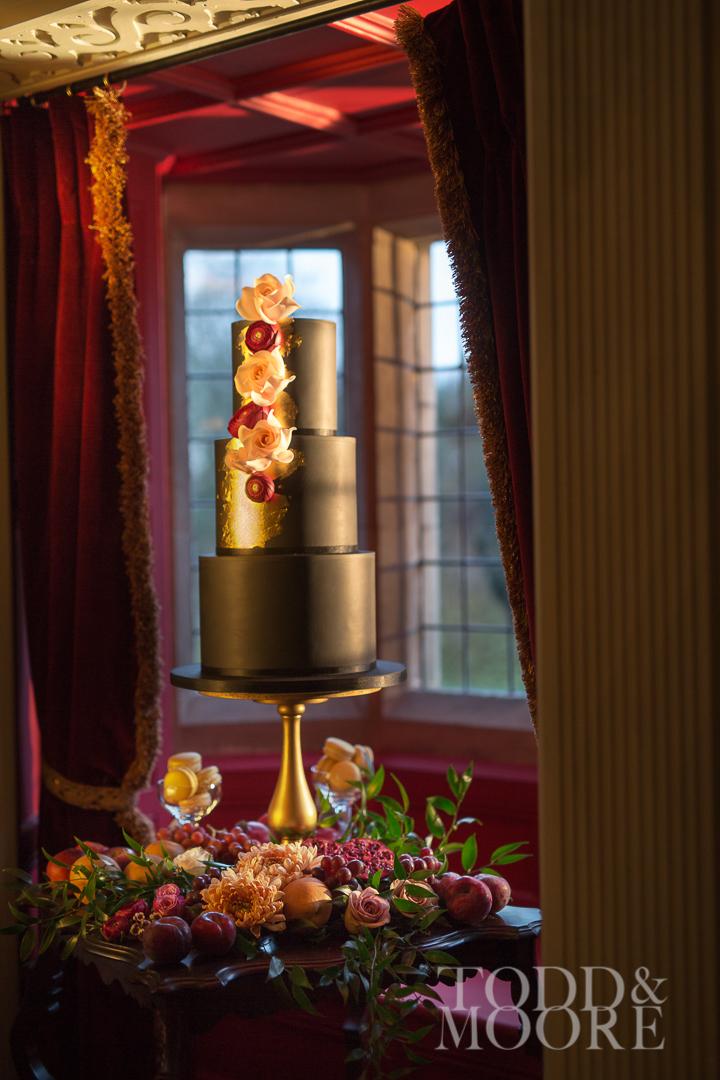 wedding cake flowers, Paragon floral design