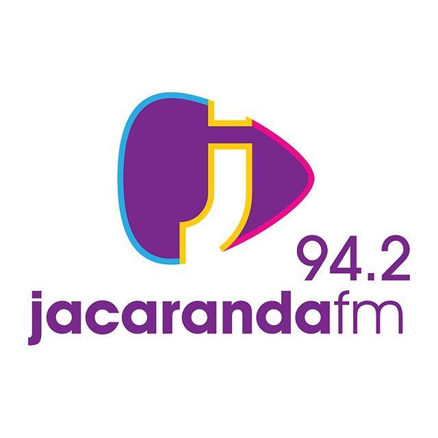@carlamackenzie7 gesels vanaand om 18:45 met @germandt.g op @jacarandafm oor #Kanarie se musiek. Skakel in vir die top 20 vanaf 18:00 op 94.2fm.  #Kanariefilm #SAfilm #80s #music