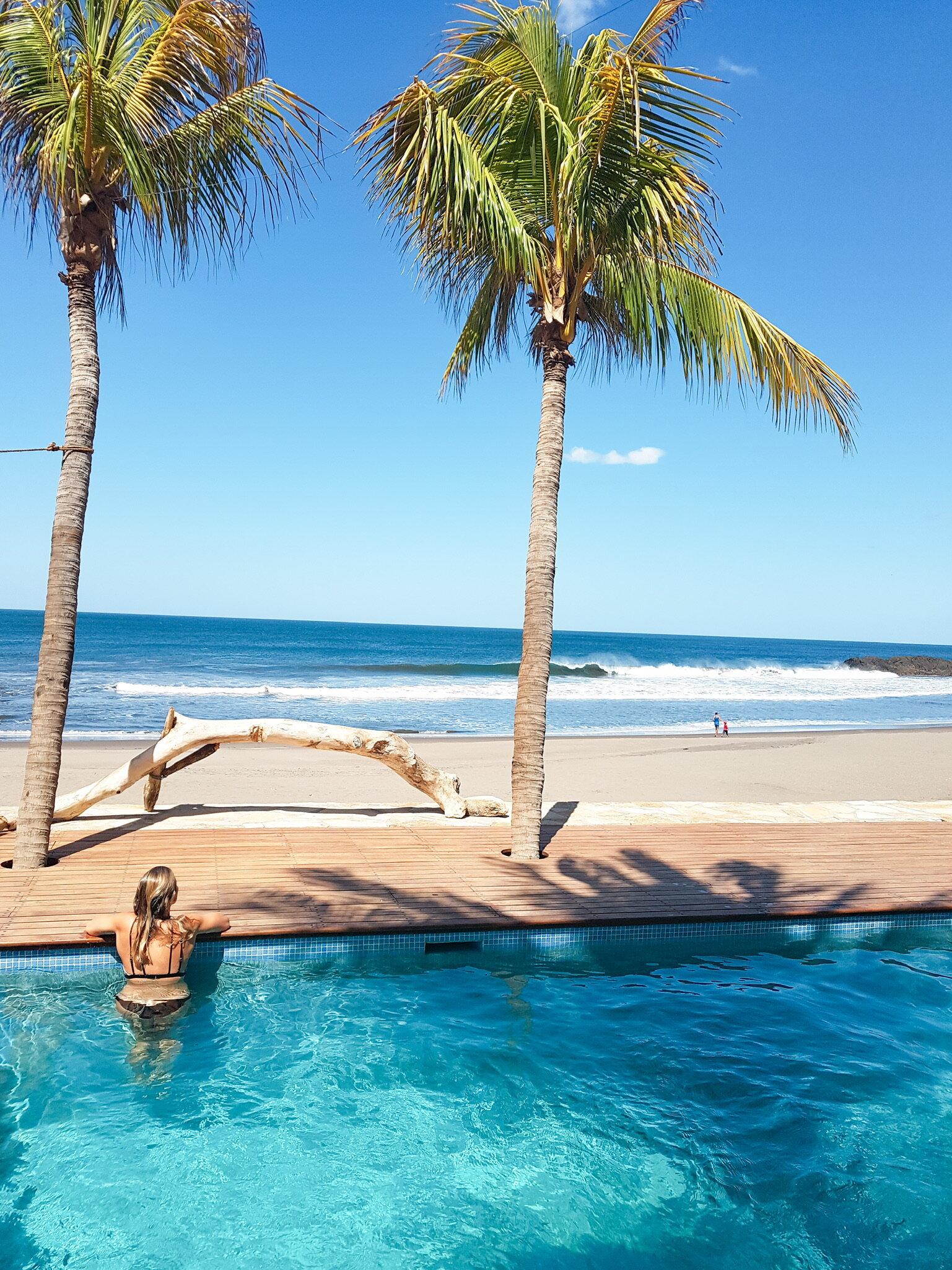 Mandla - Ocean Front Pool