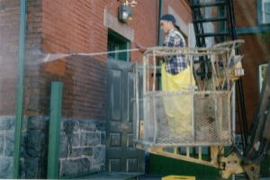 Brick Cleaning Using High Pressure Water