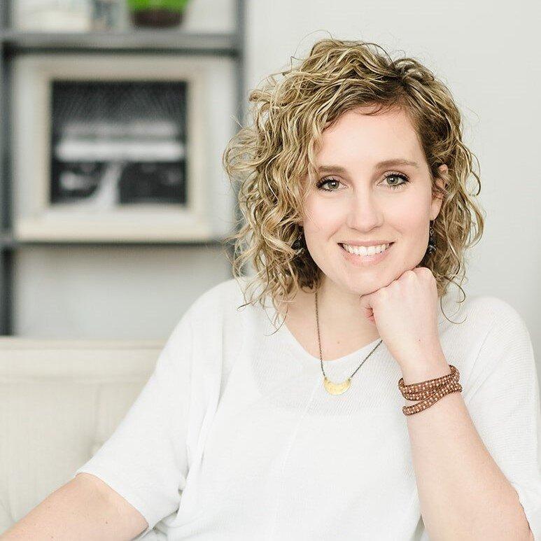 Joanne Wolnik - Executive Directorjoanne@swotc.ruidongjx.com