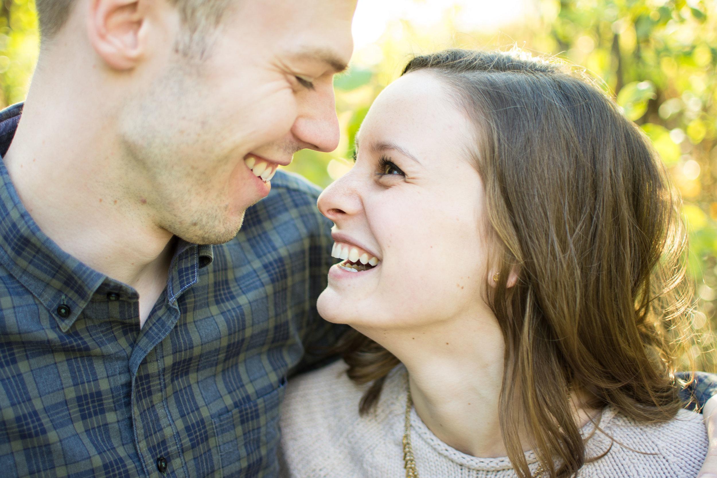 Minneapolis Wedding Photographer | Light and Airy Wedding Photographer | Light and Airy | Modern Bride | St. Louis Park Bride | Engagement Photos | MN Bride