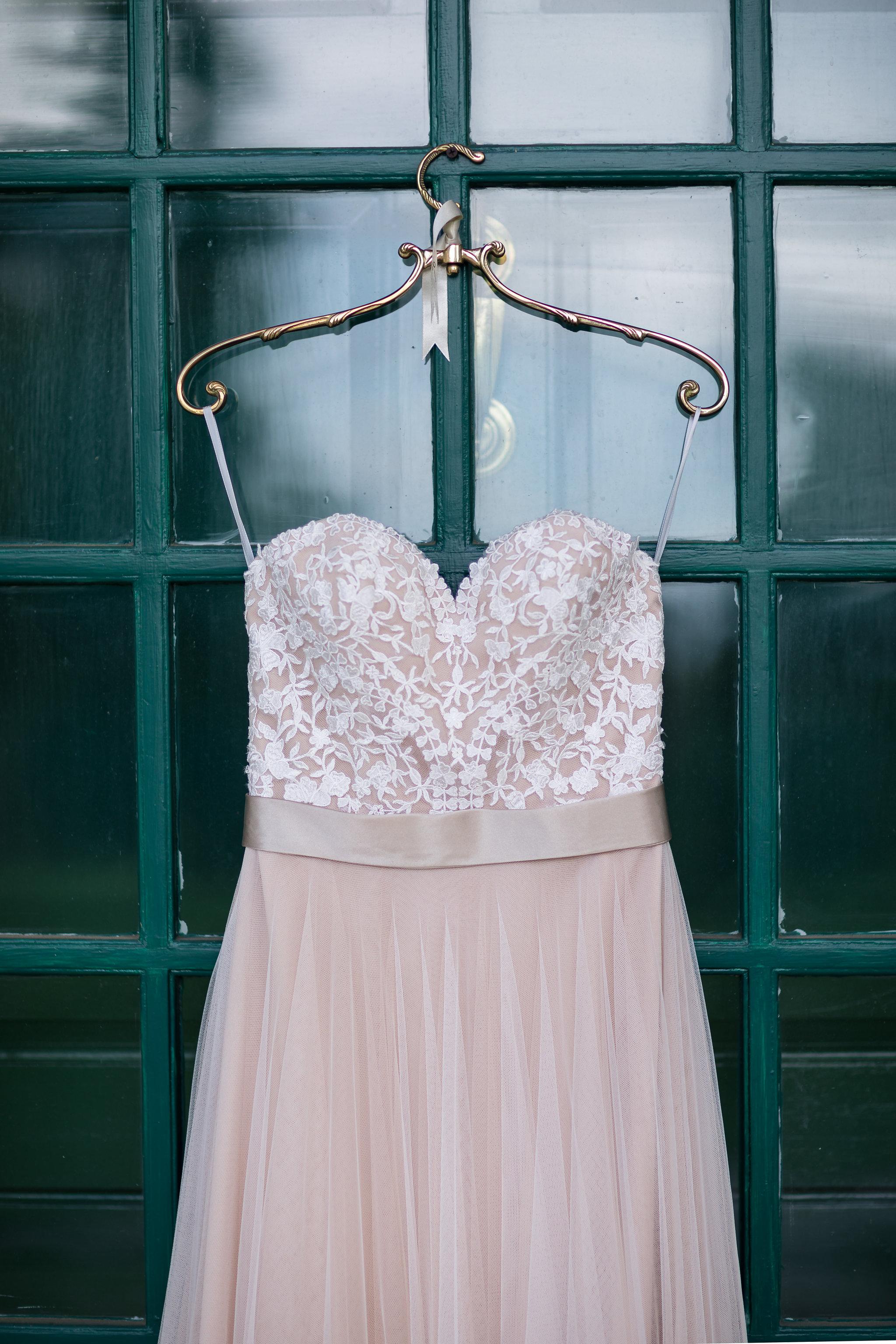 katie-brian-wedding-getting-ready-6.jpg