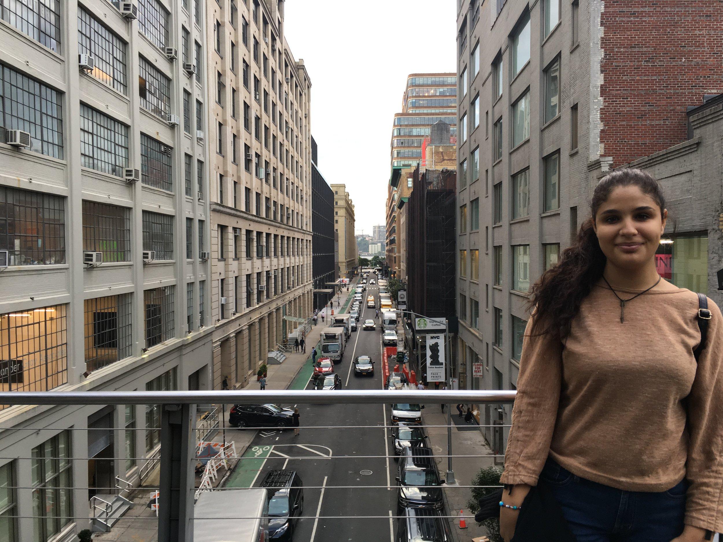 Aseel exploring New York City during the U.N. General Assembly. (Courtesy of Ozlem Eskiocak / UNRWA)
