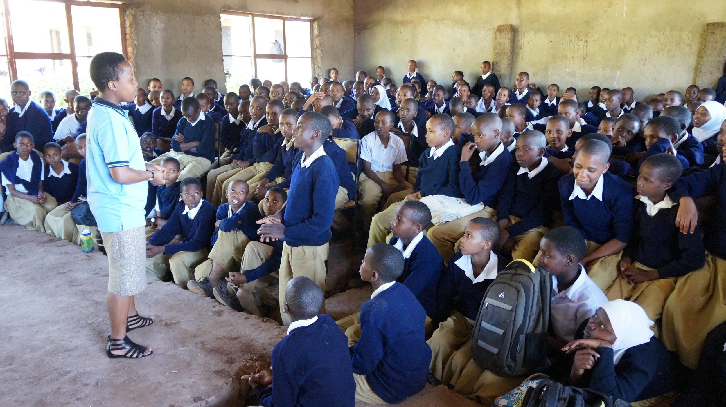 Melanie leading a workshop at Ghyekum Secondary school. (Courtesy of Nano Chatfield / The Girls Foundation of Tanzania)