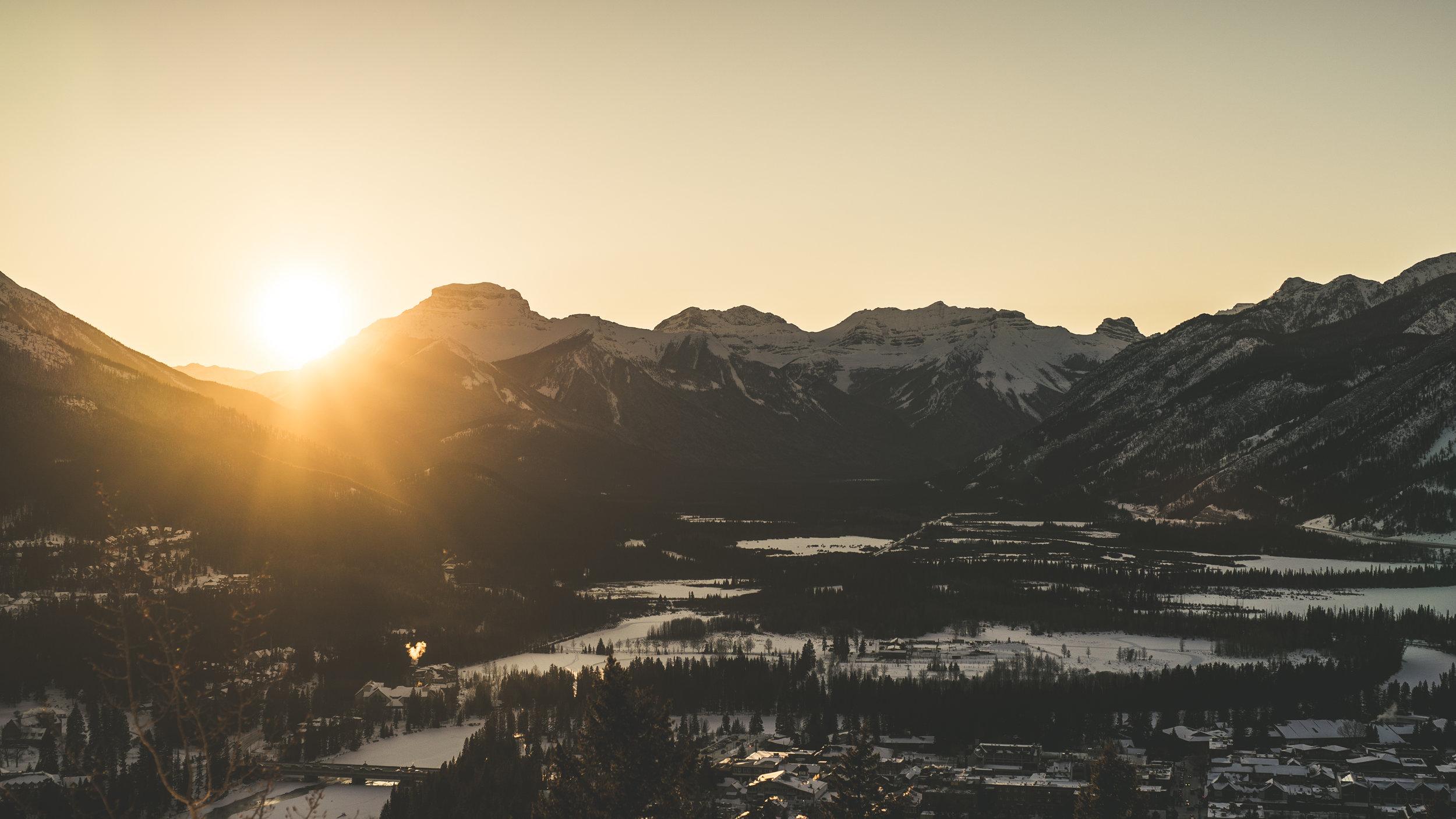 Banff Tunnel Mountain sunset walk-32.jpg