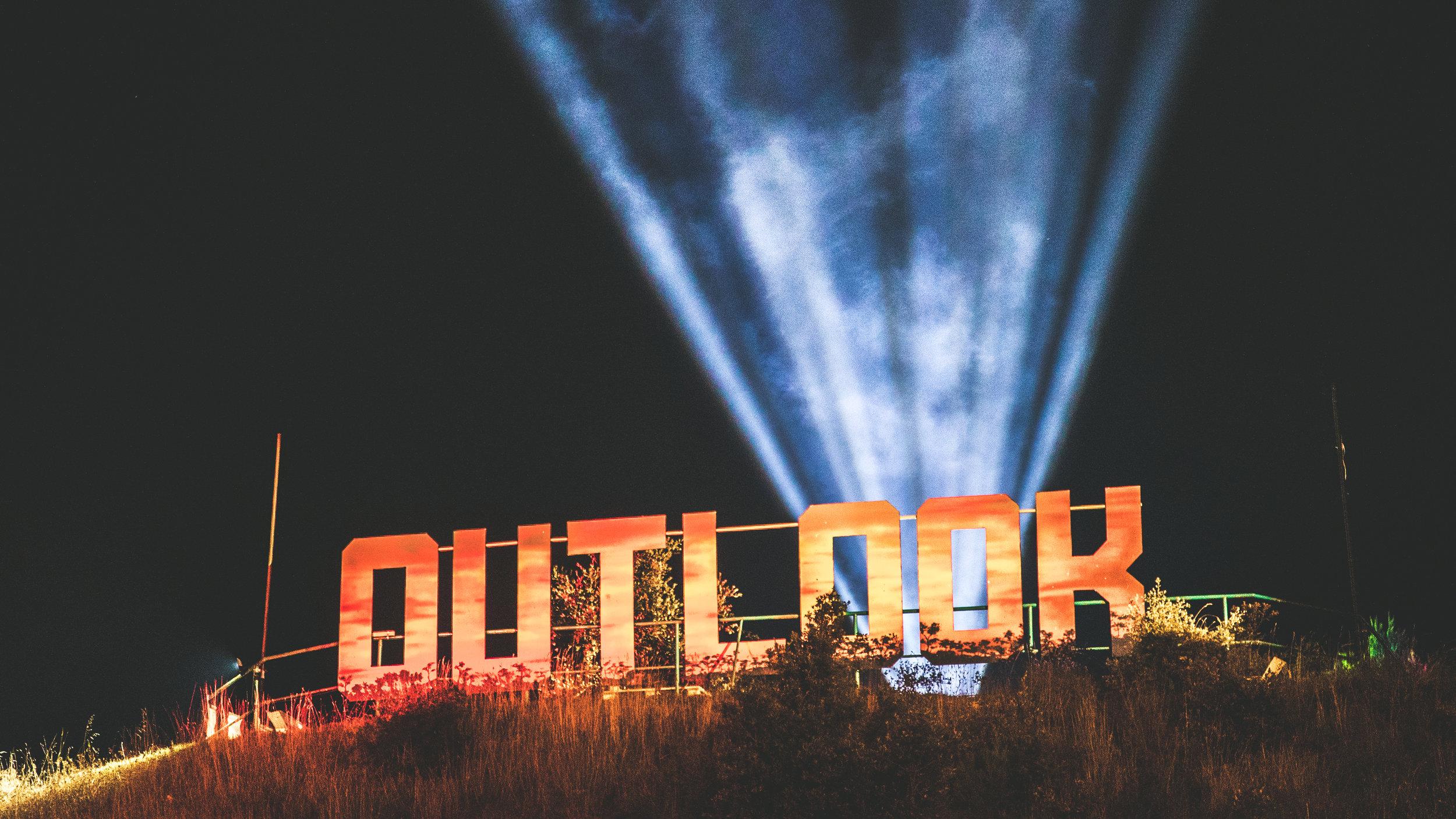 Outlook Friday night - Callum_ Chaplin-14.JPG
