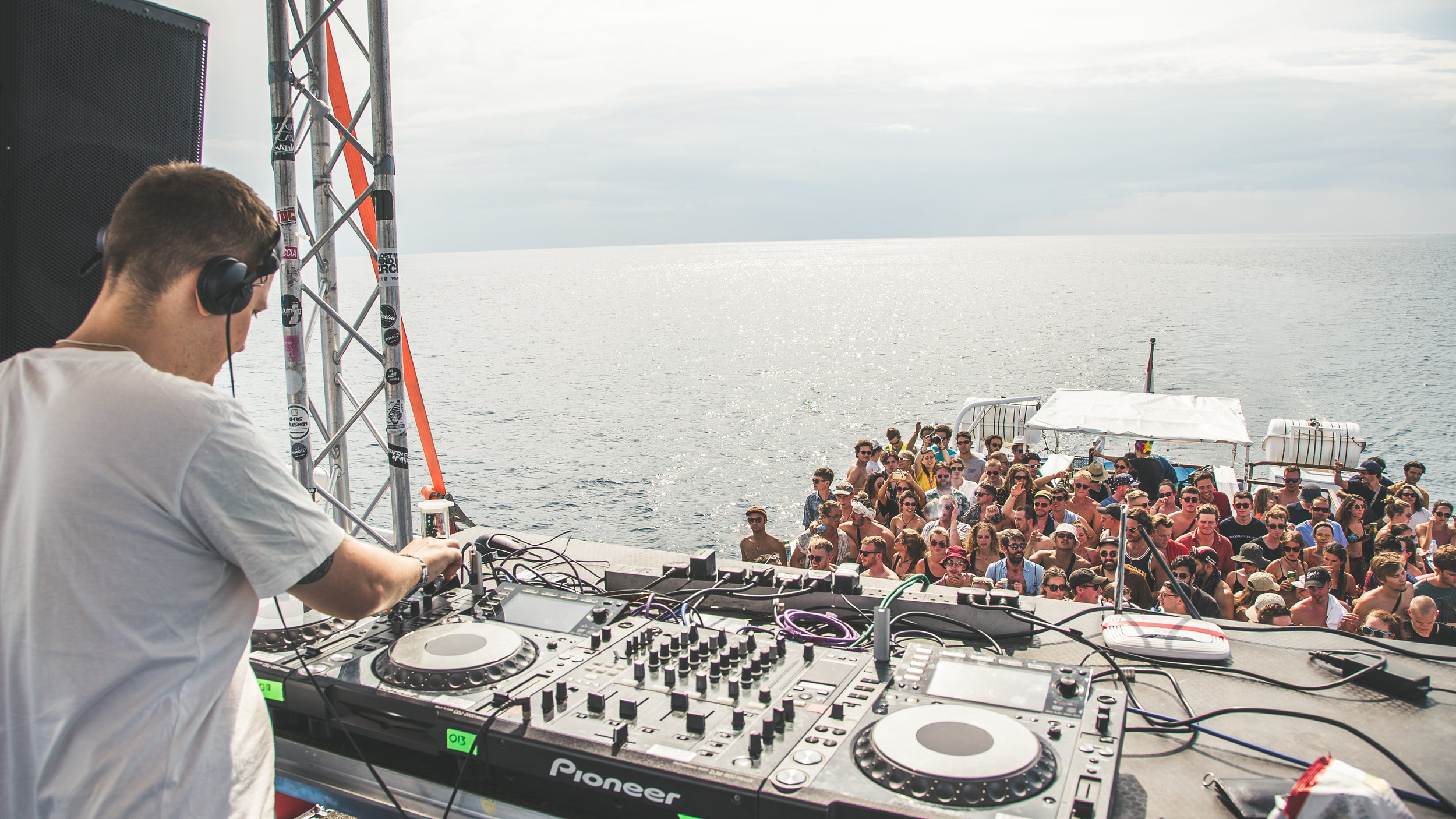 Sunday Hessle Audio boat party-45.jpg
