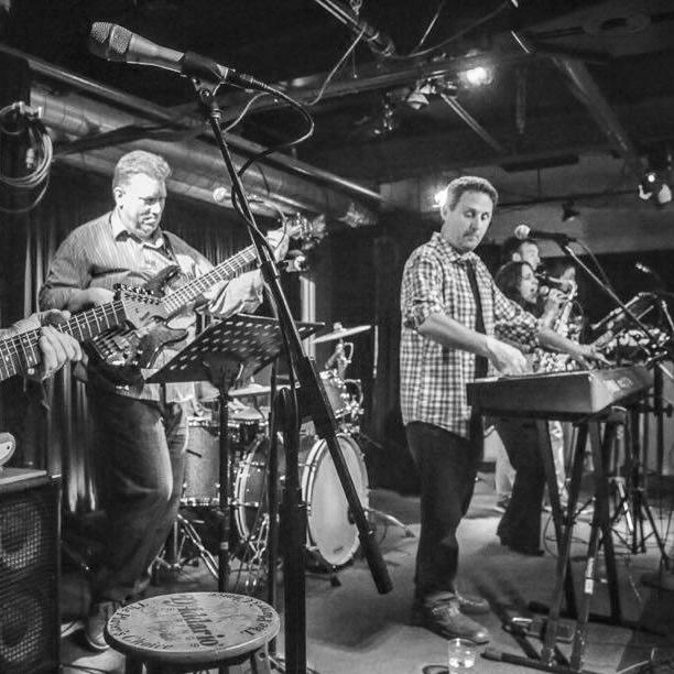 Cherry Lane Band   Classic funk, R&B, rock, pop, folk, and jazz standards  →  Book Cherry Lane Band