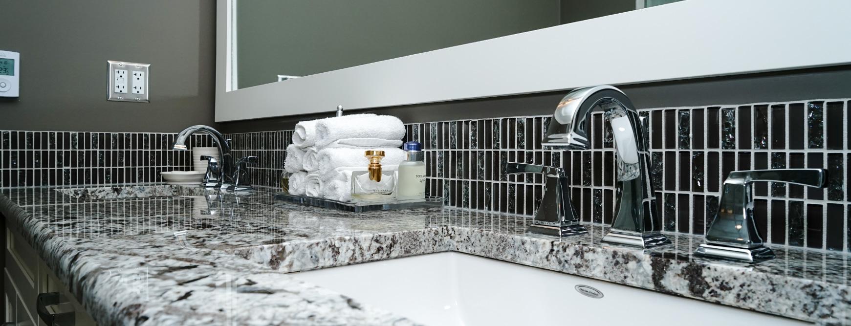 Master Ensuite with marble countertops in Kelvin Grove, Calgary