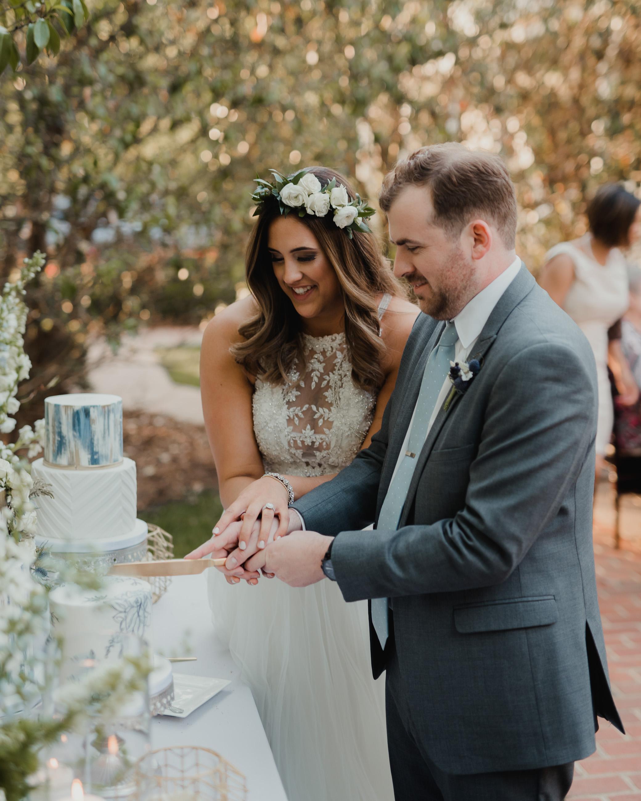 Modern garden wedding CLT whitehead manor 58.jpg
