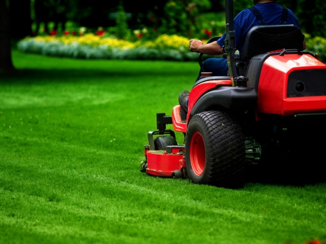 MOWING -
