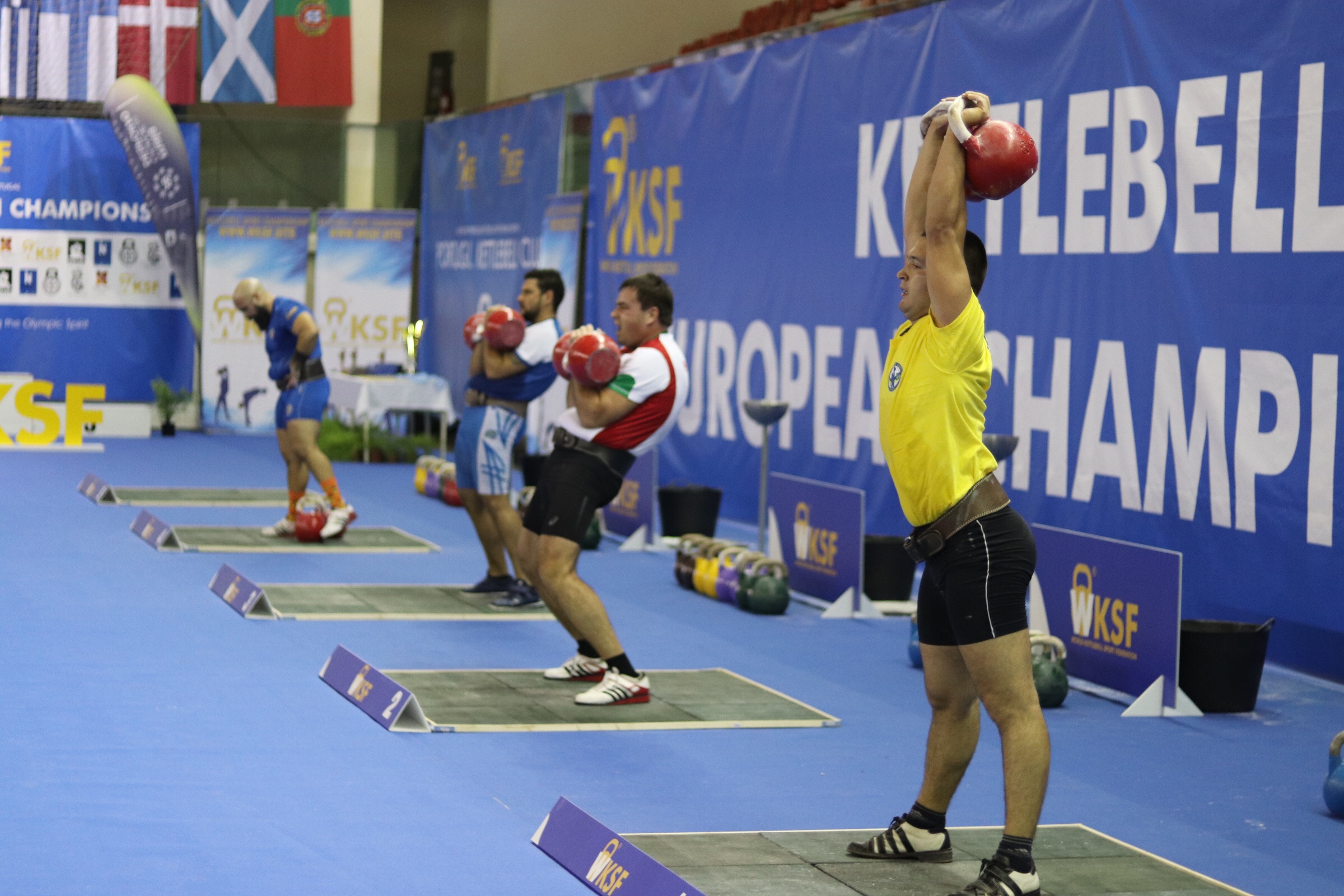 Kettlebell Wettkampf: HIer die Europameisterschaft 2018 in Porto / Portugal.
