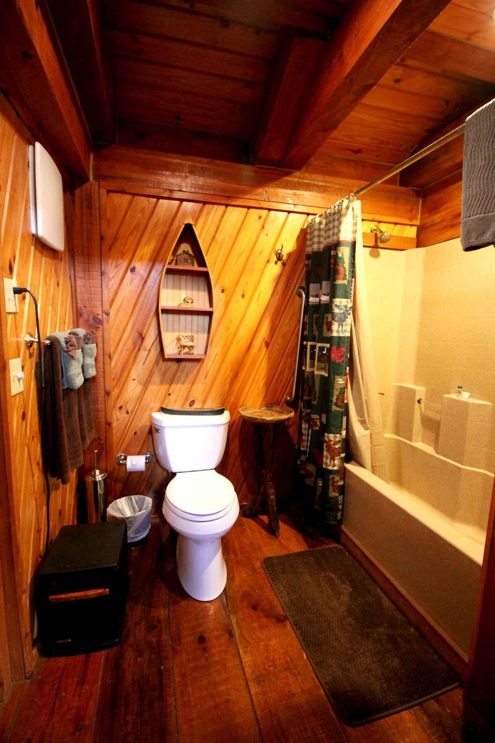 riverscape_bathroom_web.jpg