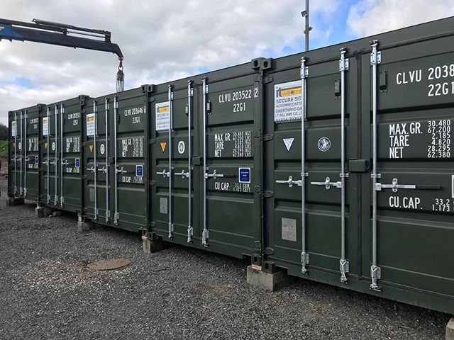 This picture has just been sent in by a happy customer of ours in Anglesey. Thanks for supporting welsh businesses 🤗 #shippingcontainer #newcontainer #sirfon #anglesey #monmamcymru
