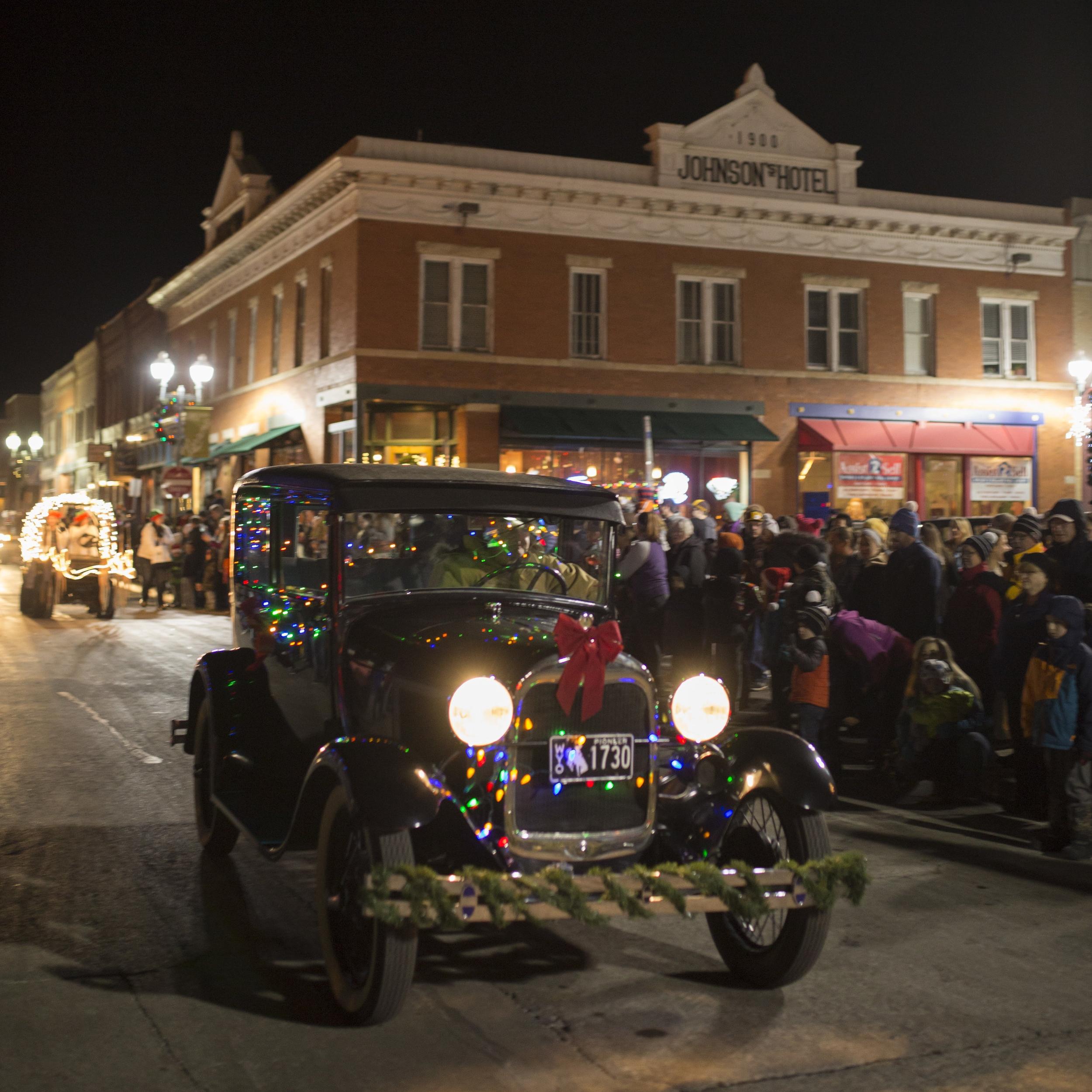 holiday parade & tree lighting - December 7