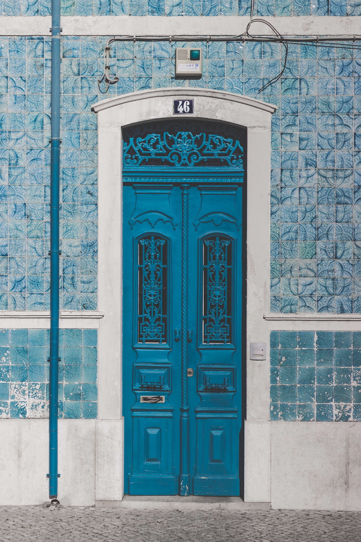 Tiled Facades - The Portuguese seem to have a natural affinity for ceramic tiles. Or, maybe they're just natural born exhibitionists. While the rest of the world was using tiles to decorate the interior walls of homes, they went for a bolder approach and used them to decorate the facades of buildings. In the 1950s, the transit authority began tiling the interior of metro stations in an effort to make them blend in more with life aboveground.The National Tile Museum is a unique gem housed in a gorgeous 16th century convent. It's the world's only museum dedicated to chronicling the history and evolution of this art form. Both the convent and the tiles it holds are fascinating, but the highlight is Portugal's longest tile composition. Depicting Lisbon before the earthquake of 1755, this magnificent work contains 1,300 tiles and measures 120 ft long.