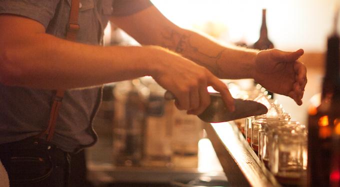 craft-cocktail-bartender-ice-drinks-san-francisco-downtown.jpg
