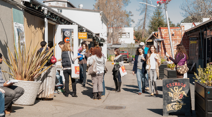 temescal-alley-oakland-food-tour-group.jpg