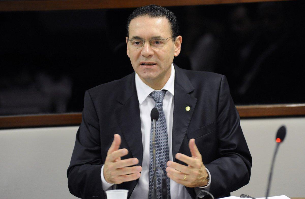 Vitor Lippi - Deputado Federal (2019-2022), Fundador e Presidente da Frente Parlamentar Mista em Apoio às Cidades Inteligentes e Humanas (Câmara e Senado). Foi Prefeito de Sorocaba/SP por dois mandatos (2005 a 2012).