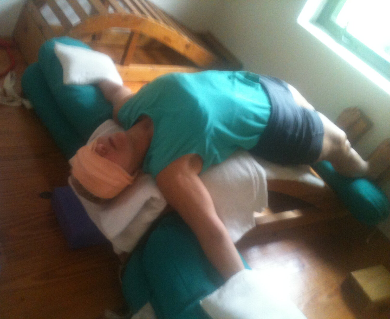 Therapeutic work on the backbender