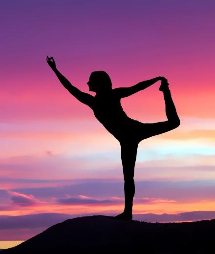 800-0425_Simply_Yoga_Susan_02.jpg