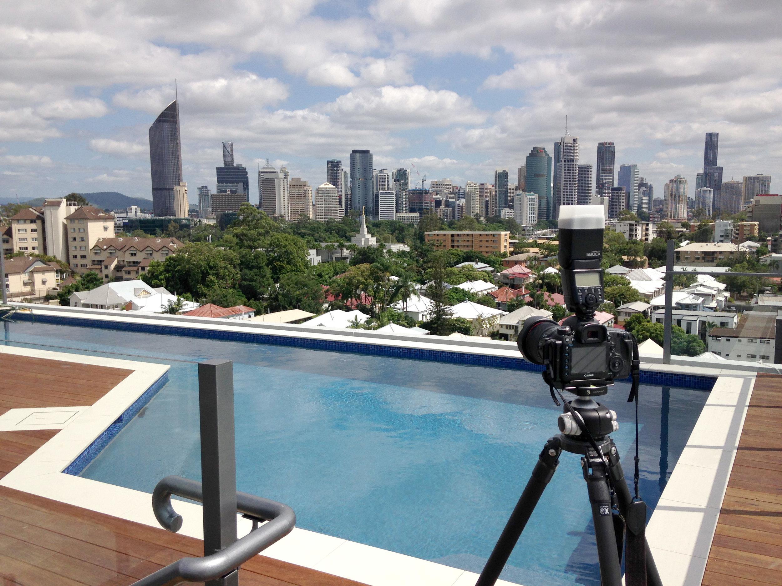 kangaroo point rooftop pool.jpg