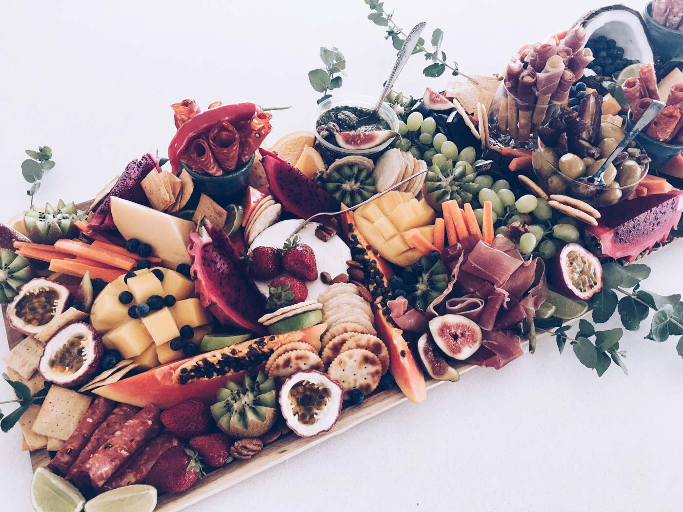 the_Collection_co_grazing_table_cairns_weddings_catering_medium_platter-3.jpg