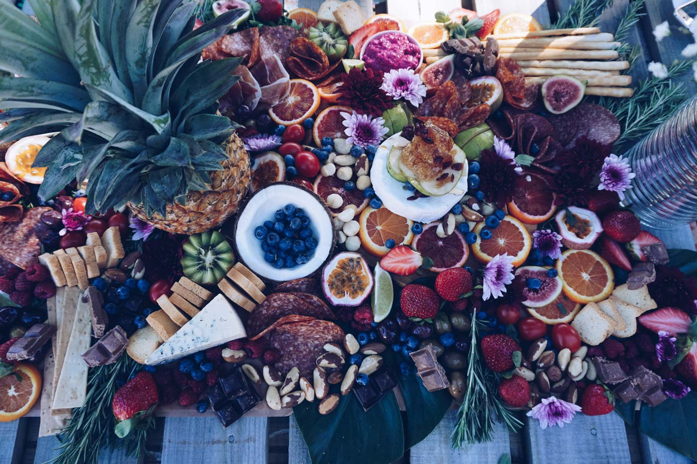 the_Collection_co_grazing_table_cairns_weddings_catering_large_platter-9-2.jpg