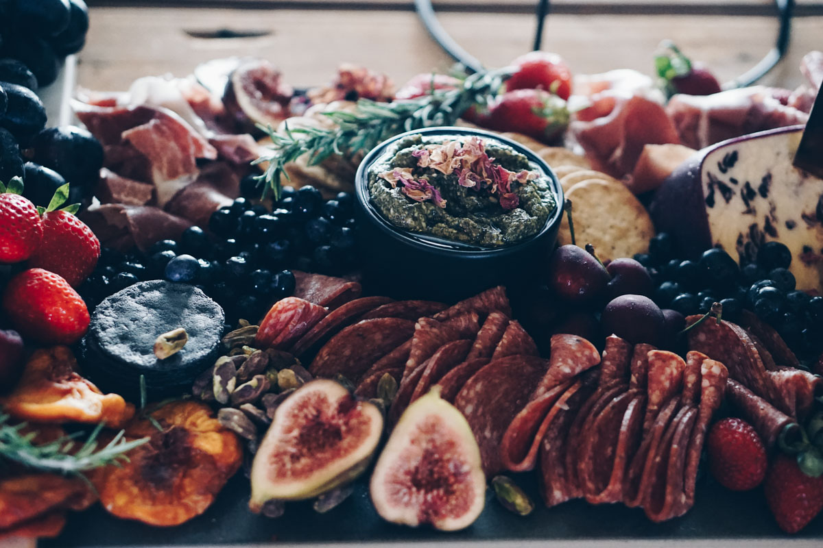 Platter_grazing_table_natives_weddings_events_cairns_picnic_photography_website_grazingtable_by_the_meter-7.jpg
