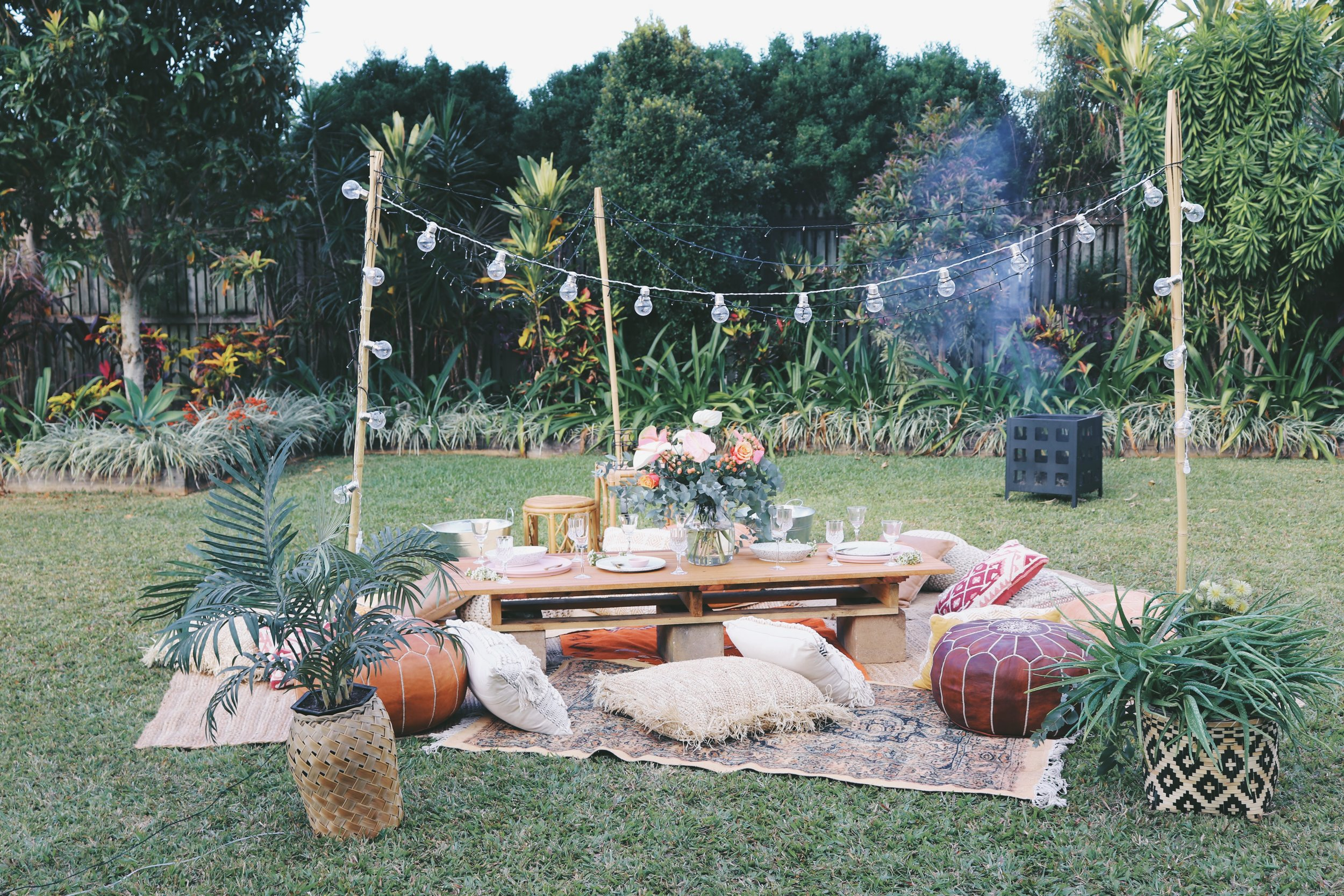 pop_up_picnic_cairns_event_hire_weddingplanner_stylist_cairnseventstyle_picnic_girlsweekend_The Collection Co_design_backyard wedding_cairns event hire.JPG