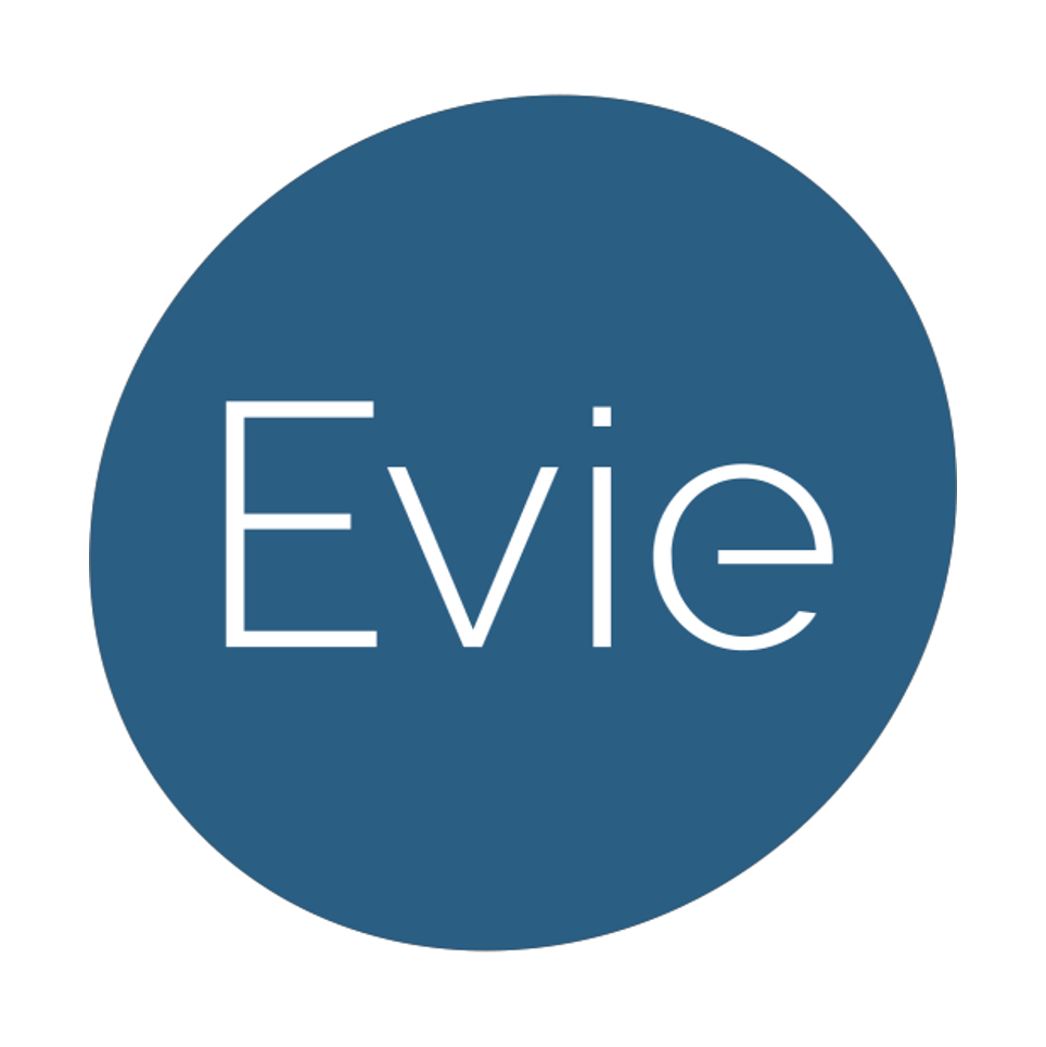 evie sq.png